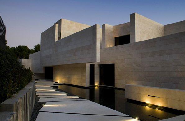 Une somptueuse villa à Marbella en Espagne | Architecture, House ...