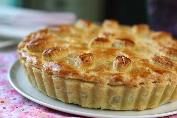 Chicken Mushroom Pie In A Sour Cream Pastry Sour Cream Pastry Chicken And Mushroom Pie Pastry Recipes