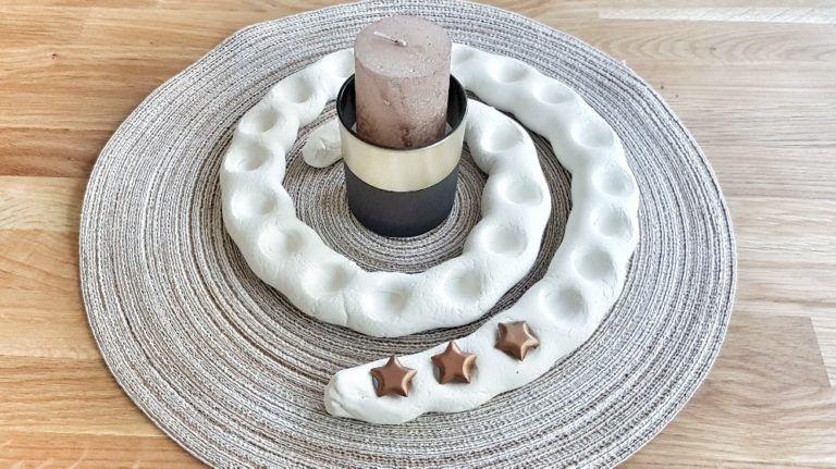 Einfach, minimalistisch und schick: Adventsspirale basteln und mit Kindern gestalten. - mamaimspagat.de