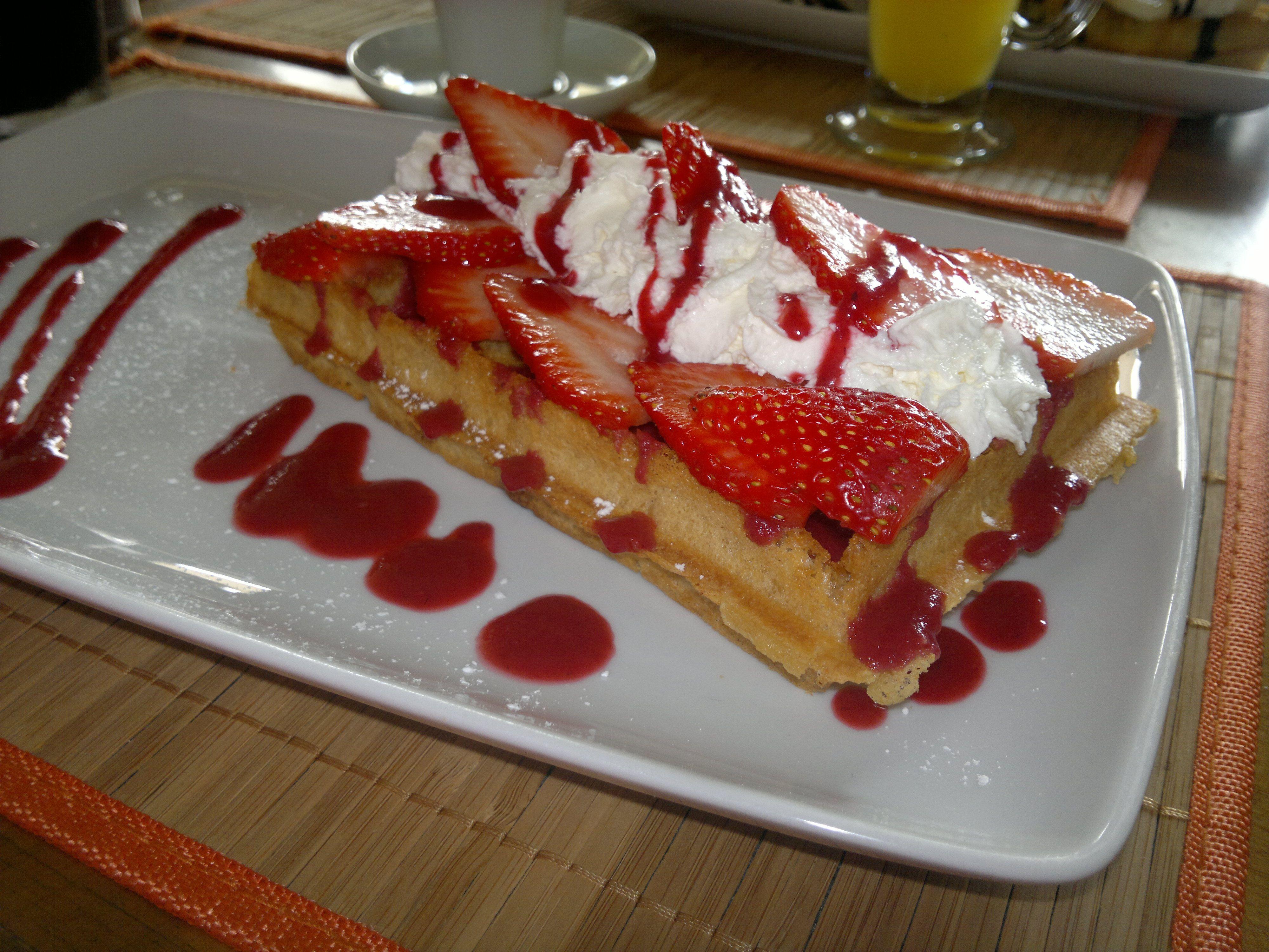 Waffle con fresas