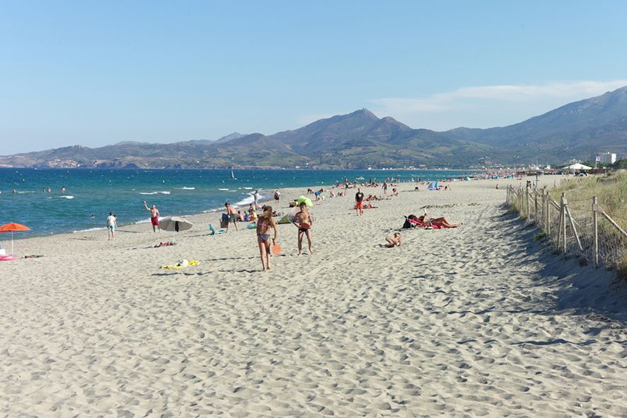 Anyone else wish they were soaking up the sunshine at the beach next - camping a marseillanplage avec piscine