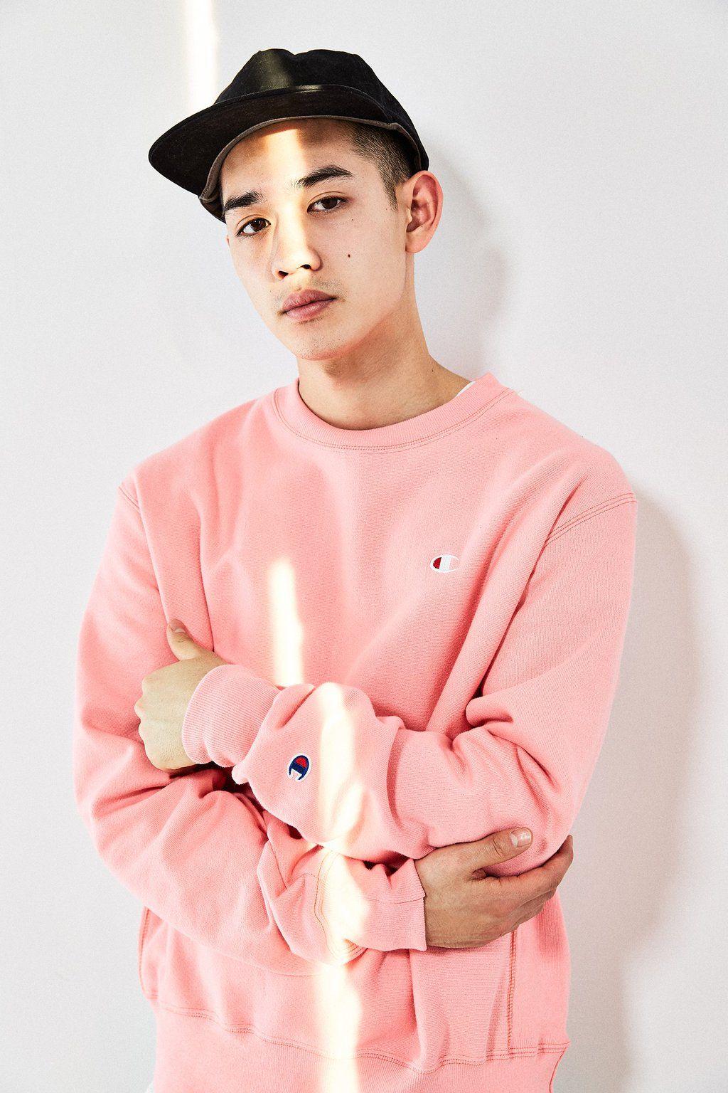 Pin By Josine Castelein On Menswear Champion Clothing Pink Champion Sweatshirt Urban Fashion [ 1536 x 1024 Pixel ]