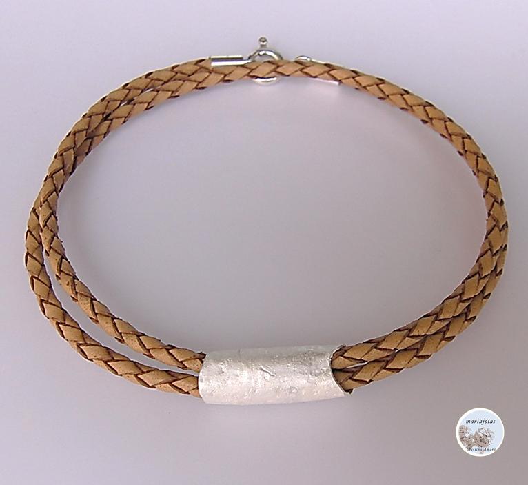 Mariajóias Cristina Amaro - Leather silver bracelet  https://www.facebook.com/Mariajoias-Cristina-Amaro-617451391649626/?ref=bookmarks