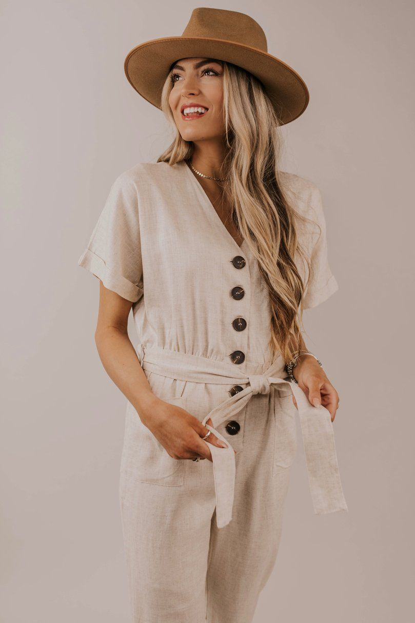 43f43e3d15d Button jumpsuit outfit ideas. Simple and modest outfit inspiration. Cute  and classy work outfits. Spring 2019 fashion trends.