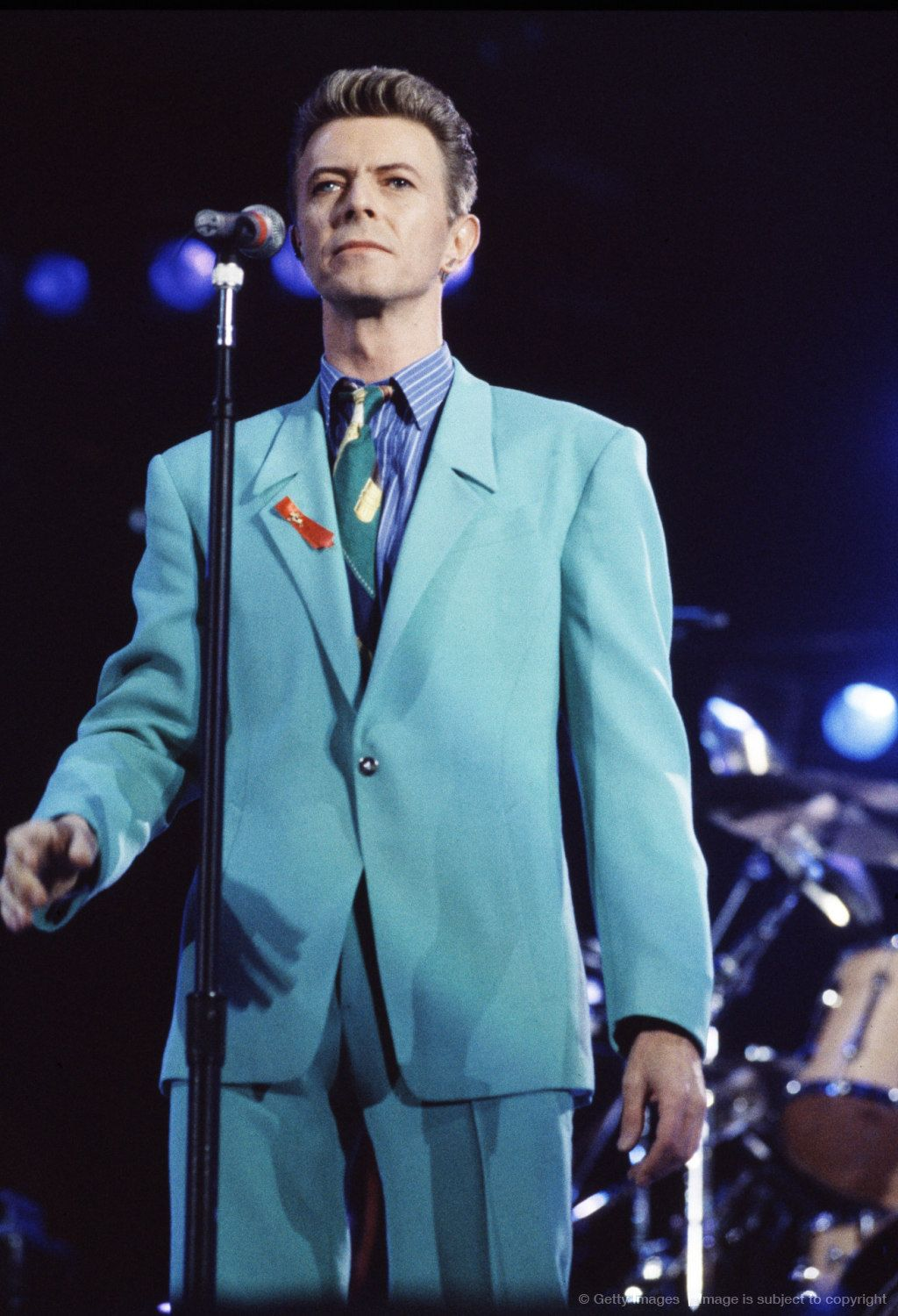 Bowie at the Freddy Mercury tribute concert