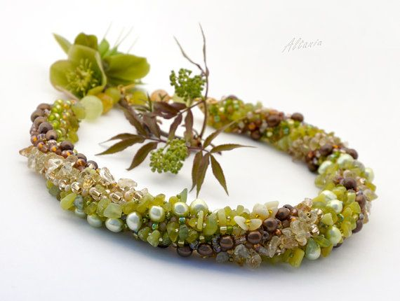 Green, Broun and Biege  Necklace. Seed beads,   quartz  and jasper stone chips. Massive necklace with beads, pearl and stones.