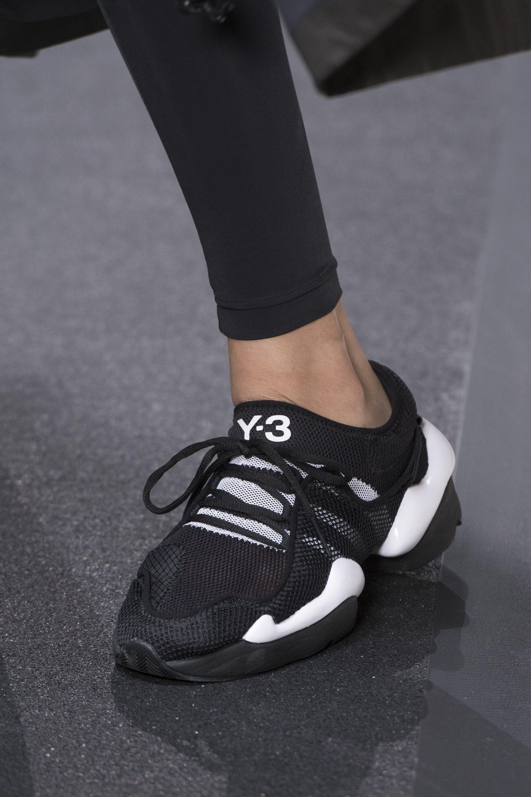 It Shoes: 10 Sneaker, die jetzt Trend werden | Extravagante