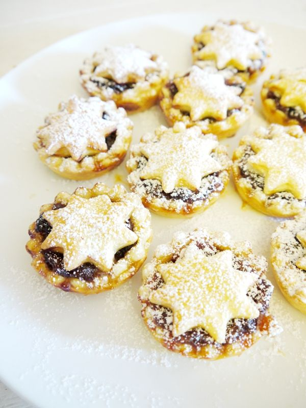 Super easy british sweet mince pies recipe british for English mincemeat recipe