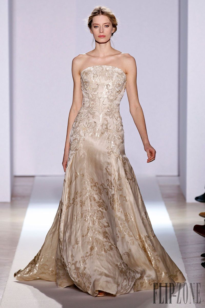 Zuhair Murad Official pictures, S/S 2013 - Couture - http://www.flip-zone.net/fashion/couture-1/fashion-houses/zuhair-murad-3366 - Long dress with half-moon bustier in vanilla colored silk gazar, ample skirt with flares hand-embroidered with sequins.