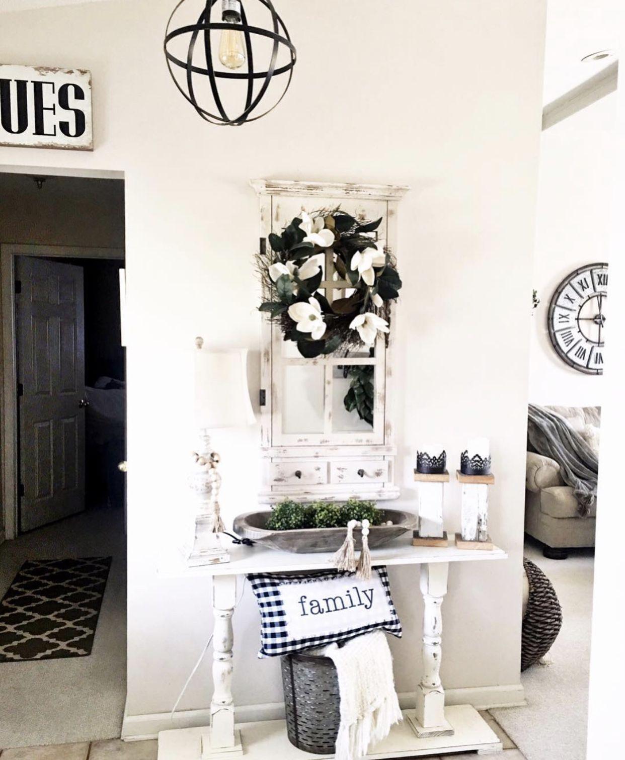 @kirklandshome  #entrywayideas #farmhouselove #wreaths