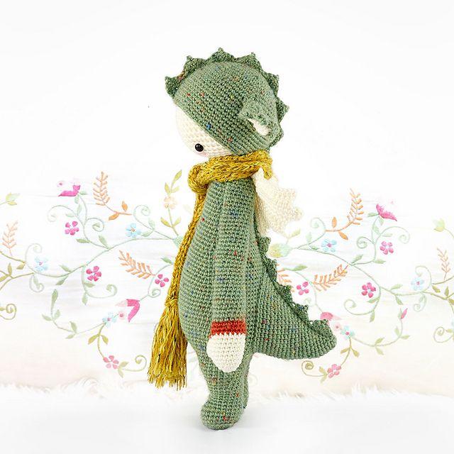 lalylala DIRK the dragon / dinosaur pattern by Lydia Tresselt