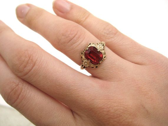Vintage Gold Ring Red Stone Size 5 Filigree Victorian Vintage Gold Rings Gold Rings Red Stone