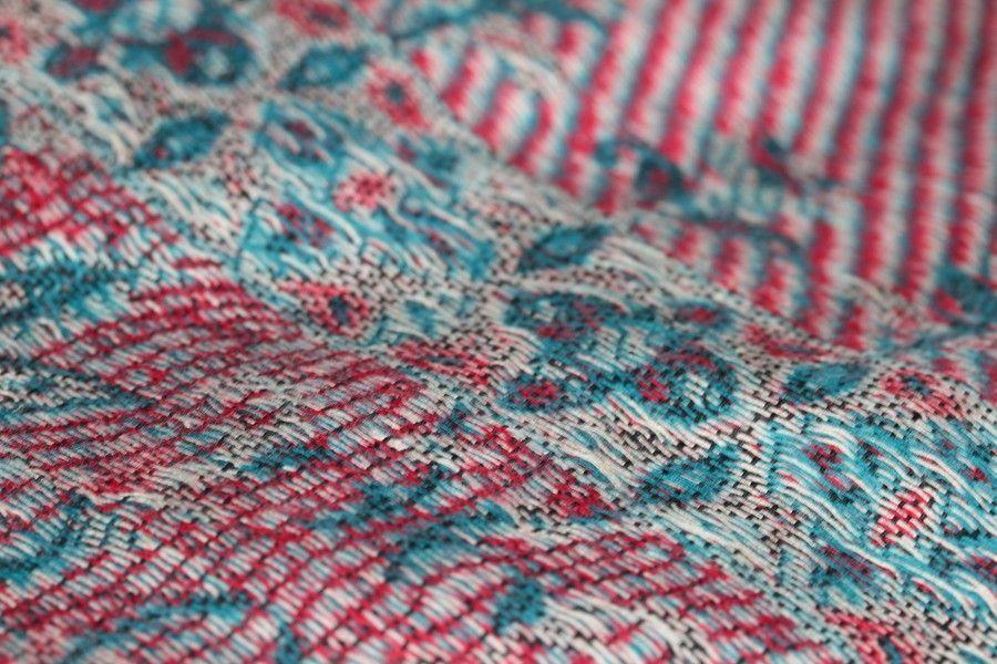 8de94efda808 http   www.pashminacachemire.com pashmina-a-motifs 124-pashmina-brodee.html châle  pashmina brodé cachemire bleu et rouge à fleurs - embroised pashmina shawl  ...