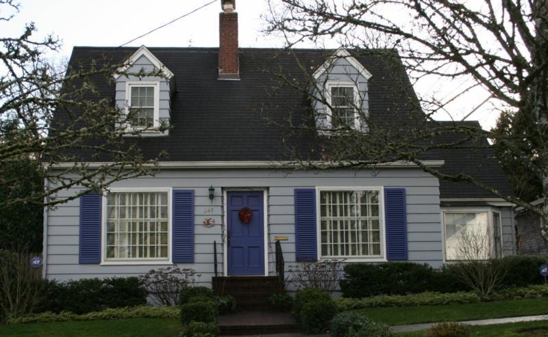Cape Cod Front Porch Ideas Part - 16: Susans Mini Homes: Cape Cod Houses, Candy-coloured Cape Cod Houses