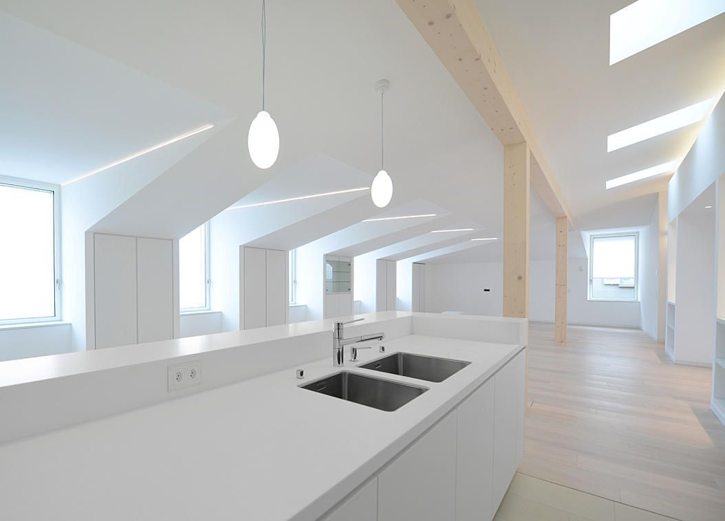 Cucina per attico vista lago a lugano foto swissurf for Cucine moderne 4000 euro