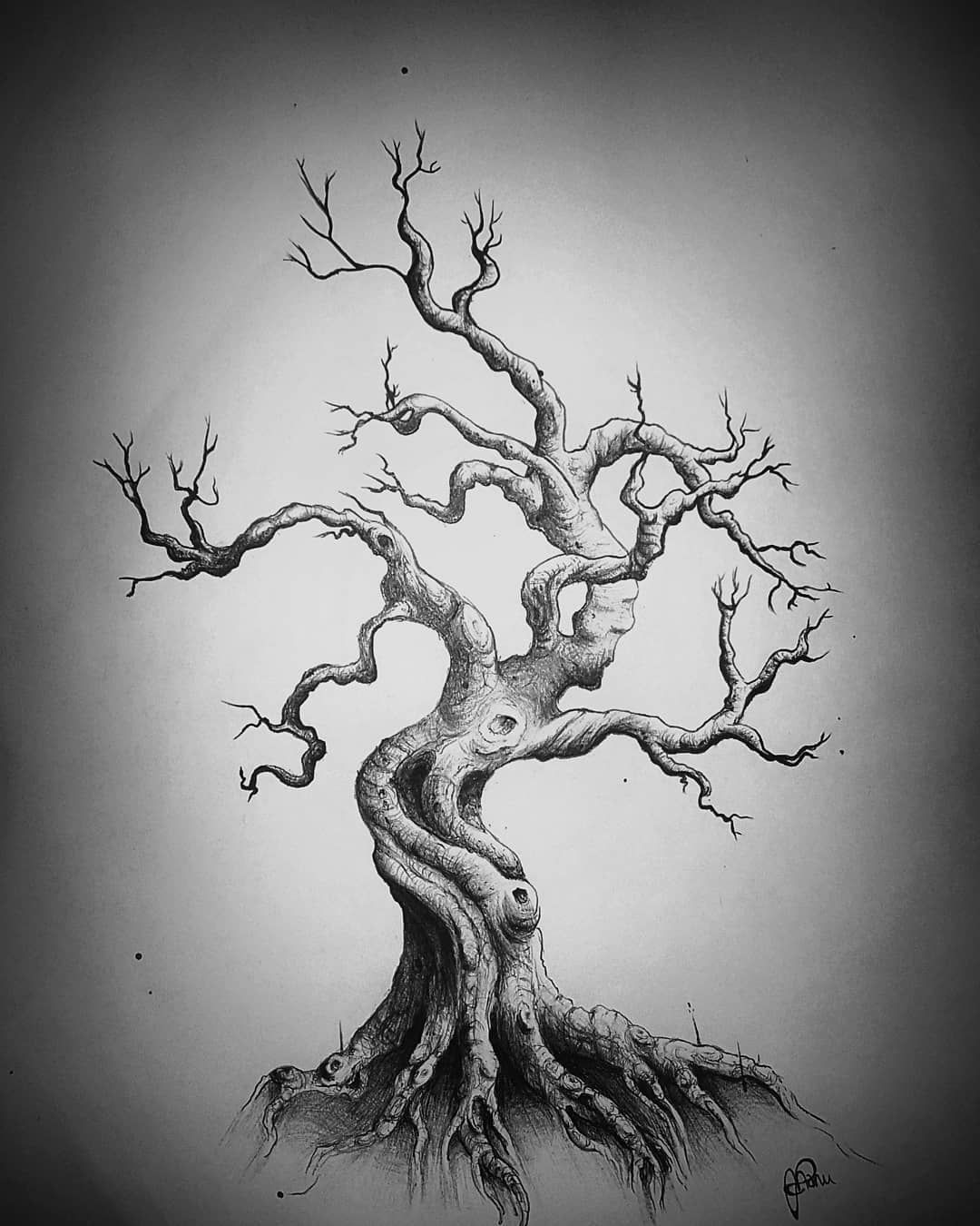 Photo of FineArt Tattoo Gallery sur Instagram: «- arbre tordu – # arbre # arbre de dessin # arbres # arbre tordu #ballpointpen # dessin # dessin de tatouage # ombre #mystique #baum #zeichnen # zeichnung…»