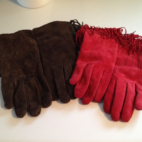 Western leather gloves with fringe and lining Suede leather with fringe gloves. One brown pair one glove is medium and the other is large but no difference in fit. Red gloves are both medium. Listing is for both pairs Wells lamont Accessories Gloves & Mittens