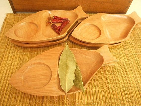 Retro Timber Sectioned Wooden Serving Plates Set by MYVINTAGEMOON & Retro Timber Sectioned Wooden Serving Plates - Set of Six   Serving ...