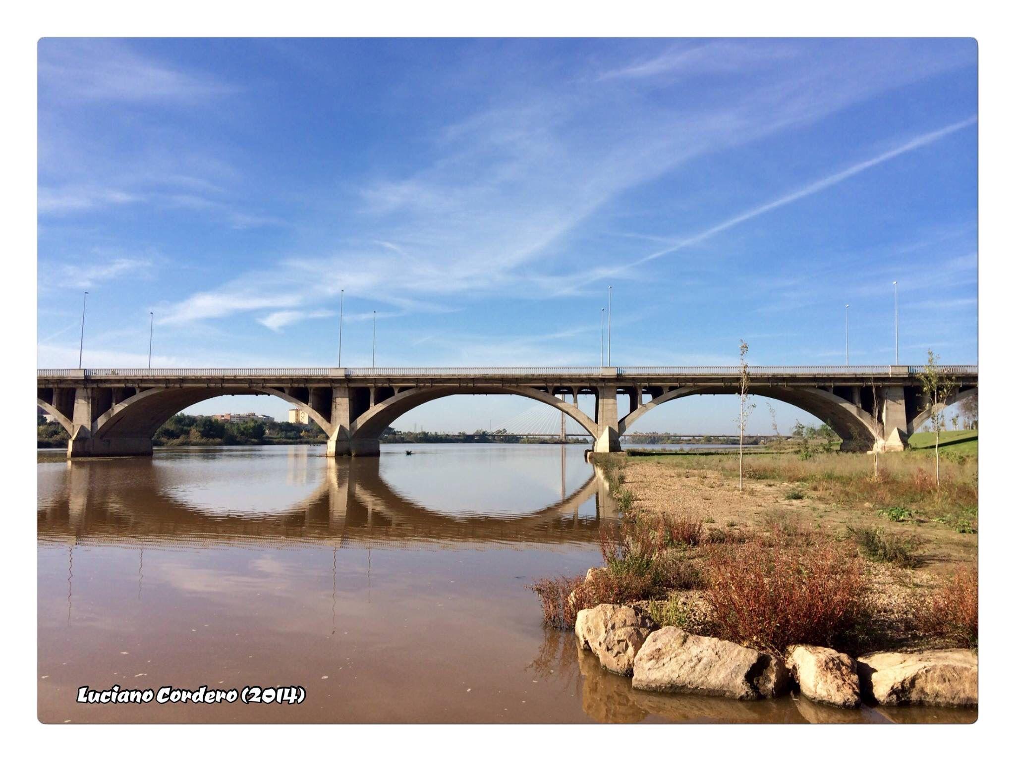 Puente de la Universidad. Badajoz.