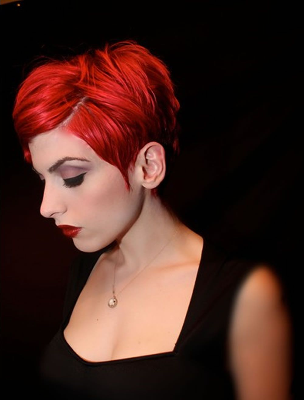 Rote kurze haarmodelle red hair