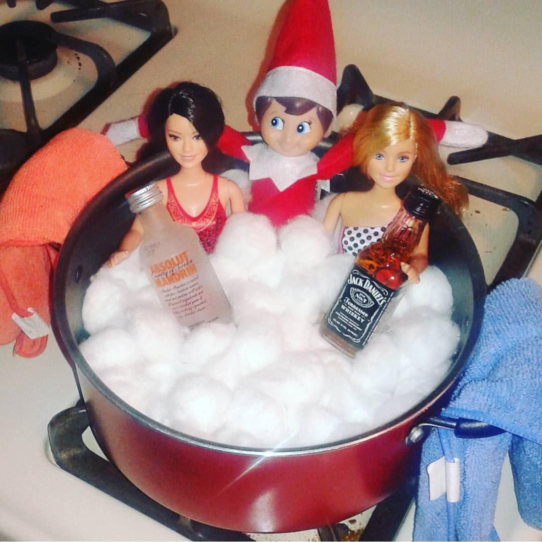 15 Totally Inappropriate Elf on the Shelf Poses