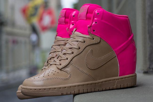 new product 0c908 87a92 Women s Dunk Sky Hi VT QS- pink flash
