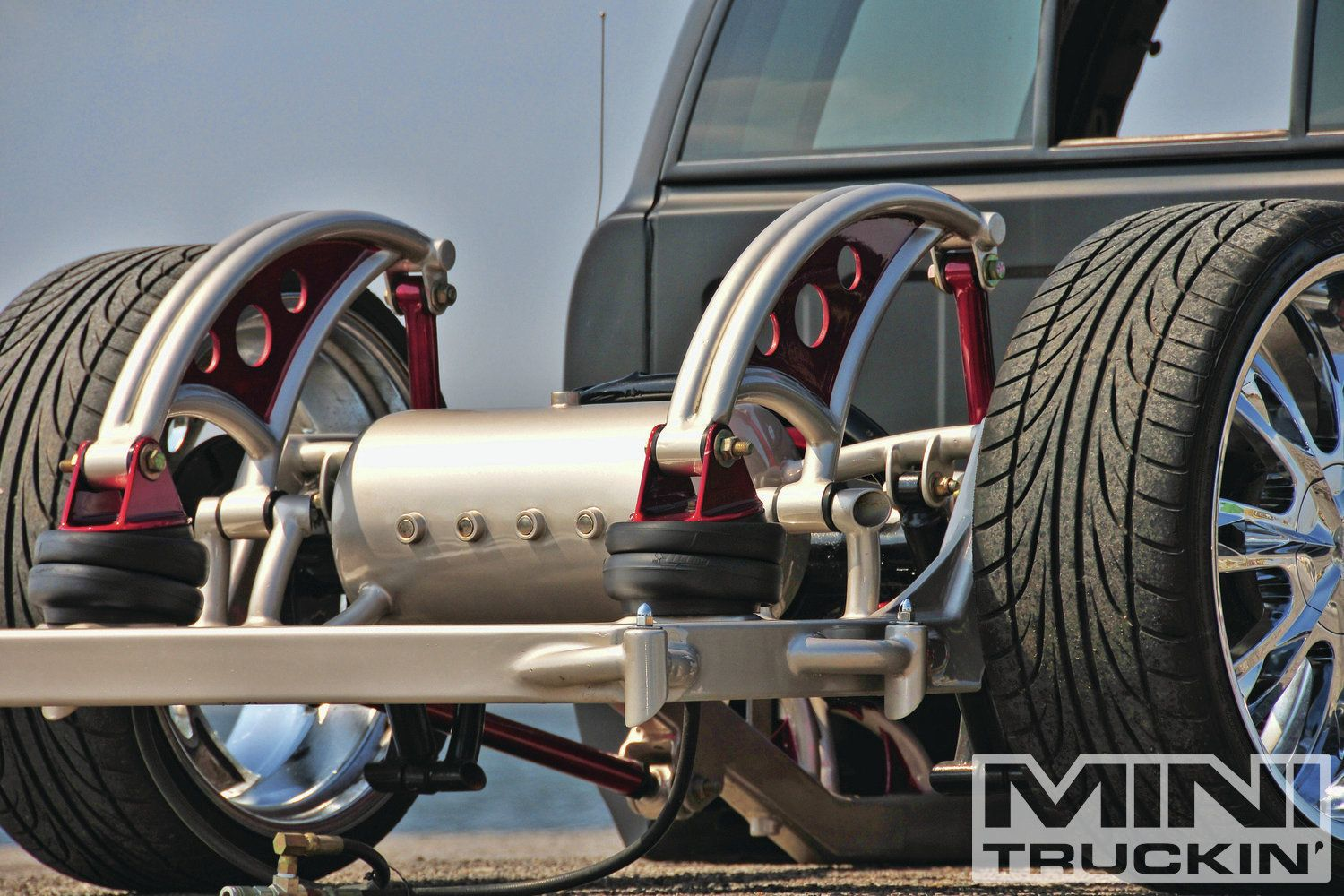 2003 Gmc Sonoma Bagged Rear Suspension Photo 1 | C-10