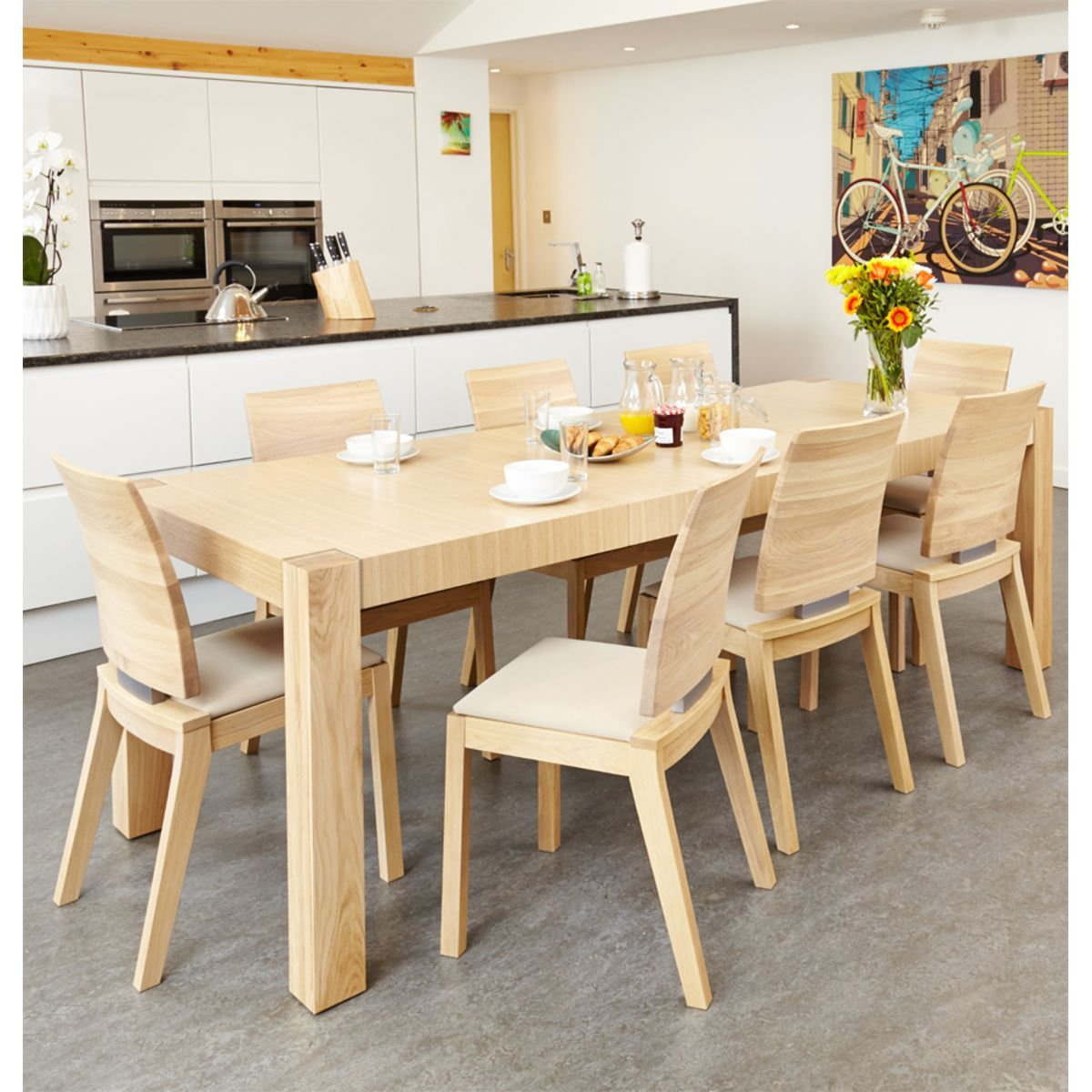The Olten Light Oak Dining Table And Matching Chairs Would Make A Stunning Dining Room Oak Furniture Review
