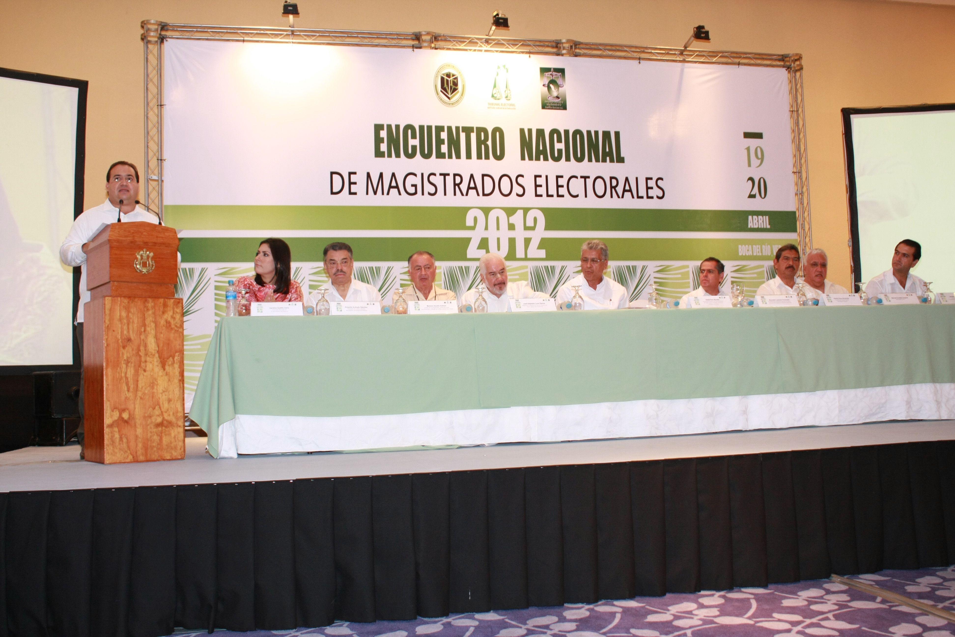 El Gobernador de Veracruz, Javier Duarte de Ochoa, asistió a la Inauguración del Tercer Encuentro Nacional de Magistrados Electorales, el 19 de abril de 2012, donde aseguró que esta es una reunión de intercambio, reflexión y diálogo, pero sobre todo de compromiso.