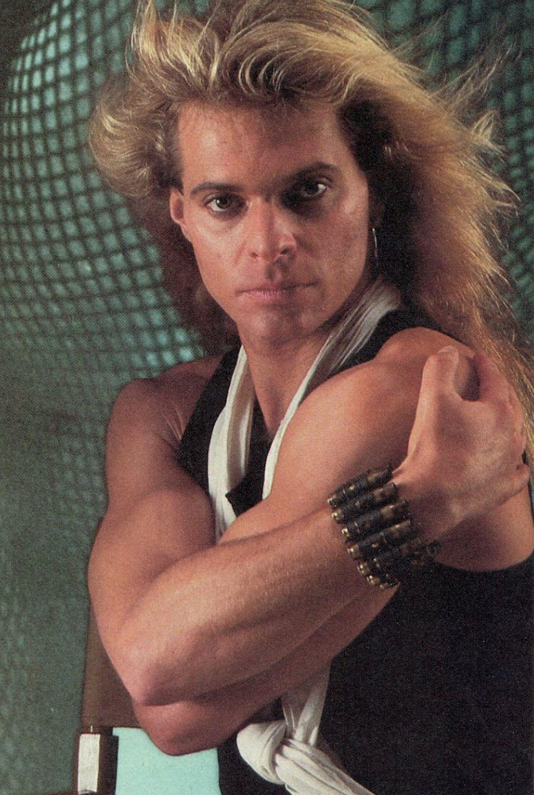 Pin By Courtney Harter On Van Halen Van Halen Singer David Lee Roth