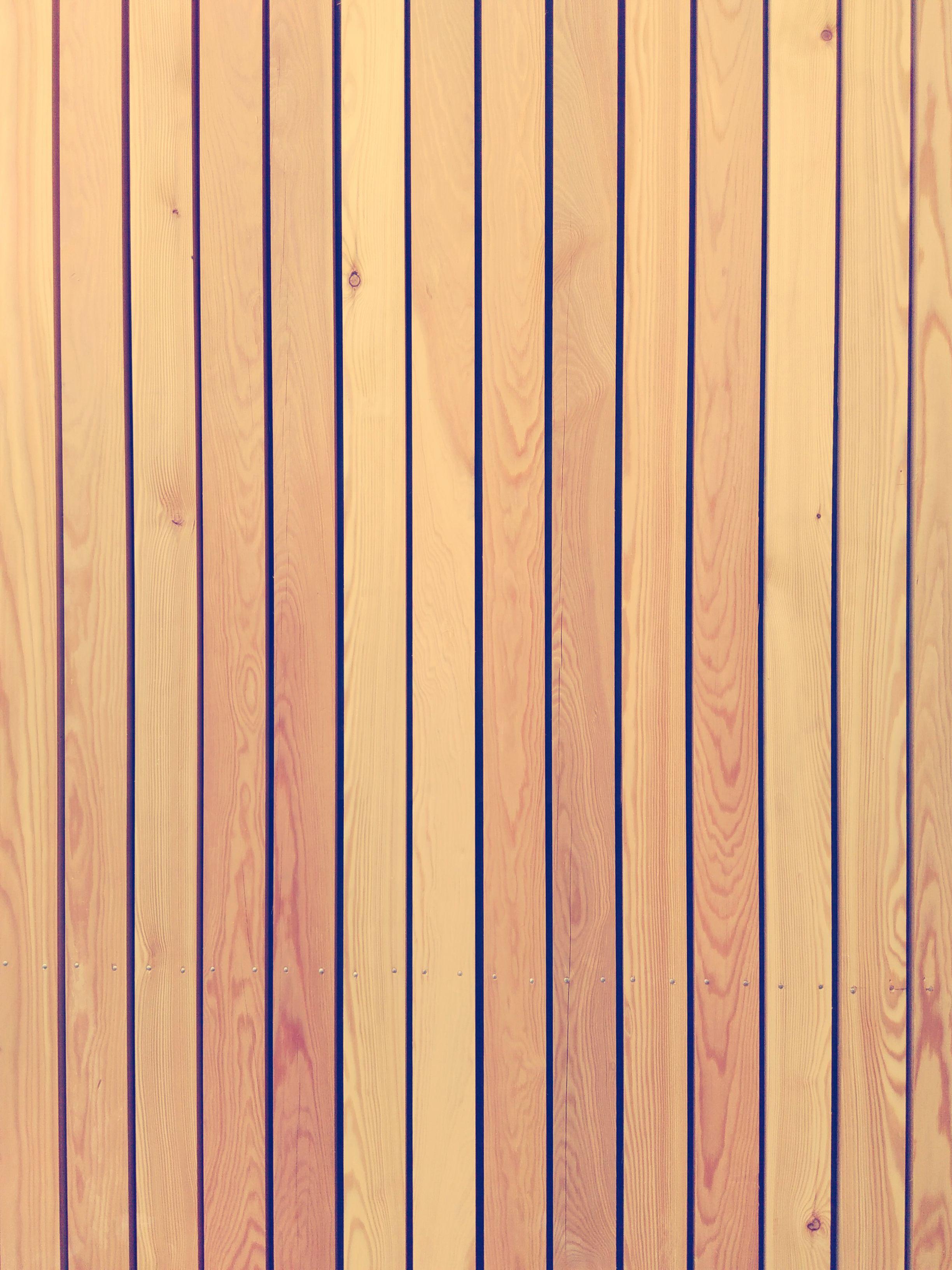 Extension A Bardage Bois Meleze Ajoure Barbara Vidal Architecte Texture Architecture Wood