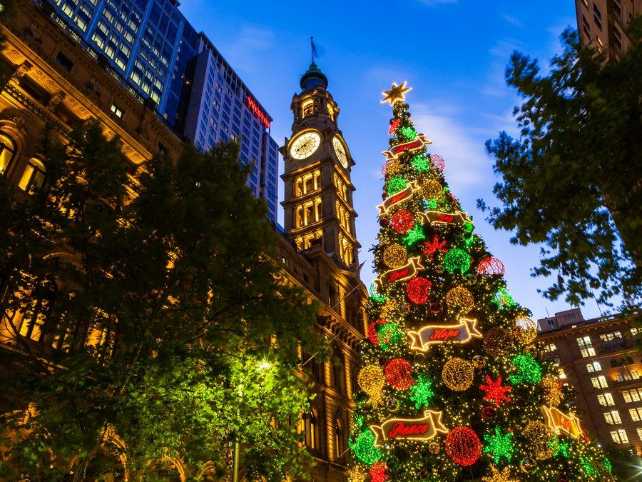 25 Best Places To Spend Christmas The World S Most Festive Cities Holiday Time Christmas Tree Outside Christmas Lights