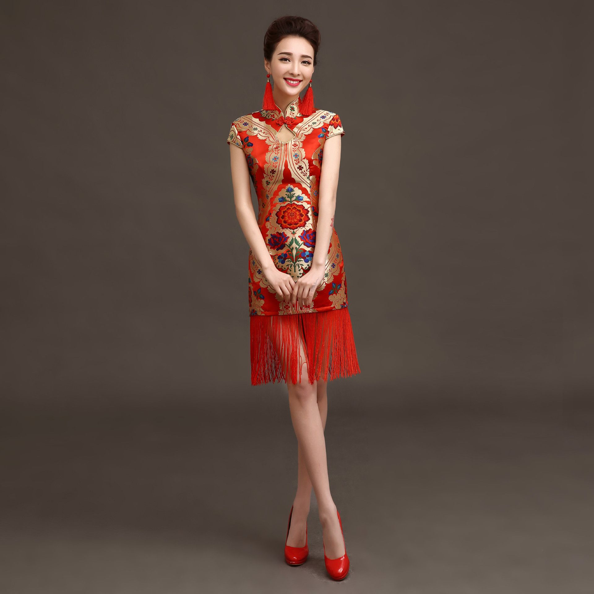 chinois robe qipao traditionnelle cheongsam de mari e courte rouge chine robes orientales qi pao. Black Bedroom Furniture Sets. Home Design Ideas
