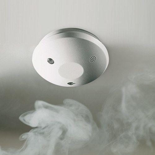 Detecteur De Fumee Radio Bosch Avec Eclairage De Sortie Detecteur De Fumee Detecteur Fumee