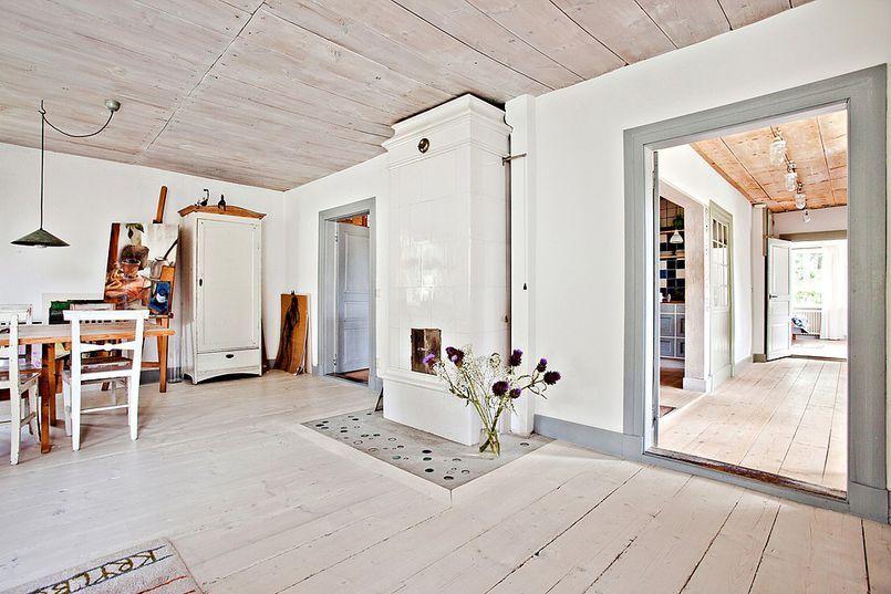 Salon Z Piecem Kaflowym Salon Styl Rustykalny Aranzacja I Wystroj Wnetrz Home Home Decor Decor