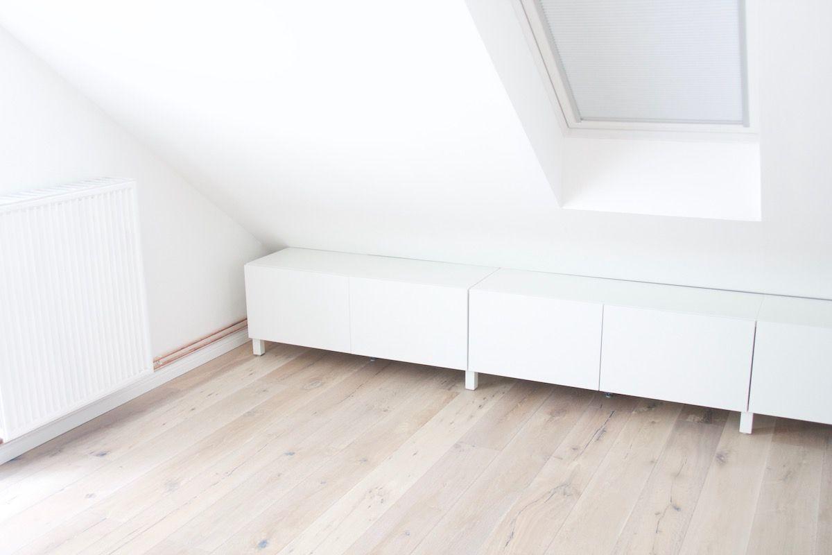 Offener Kleiderschrank unter der Dachschrägen - Ikea hack