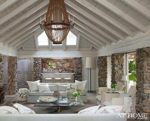 Luigi Chandelier | Solaria # lighting #chandeliers #lamps #homedecor #interiors #design #interiorhomescapes #interiorhomescapes.com #interior homescapes