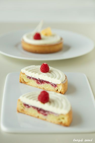 Photo of white chocolate & rasberry tart | Lovely-Jubblyな日々