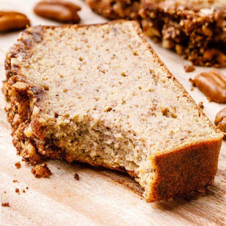Coffee Cake Banana Bread With Crumble Top Paleo Recipe Recipe In 2020 Banana Pecan Bread Sour Cream Cake Banana Pecan