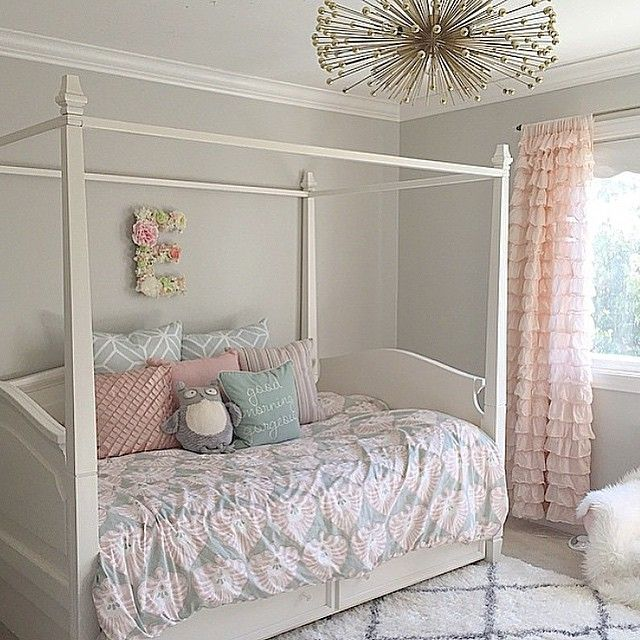 wall paint is sw repose gray | girls room | girls bedroom