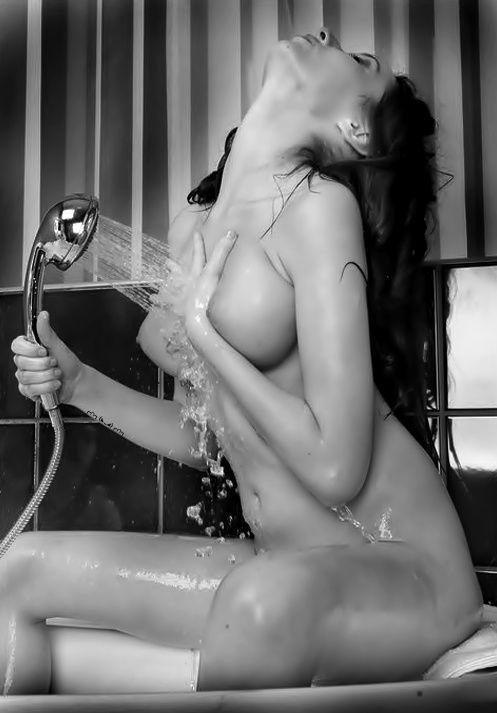 Does she need anyone to scrub her back?      Sexy,nude,beautiful,sensual,erotic.