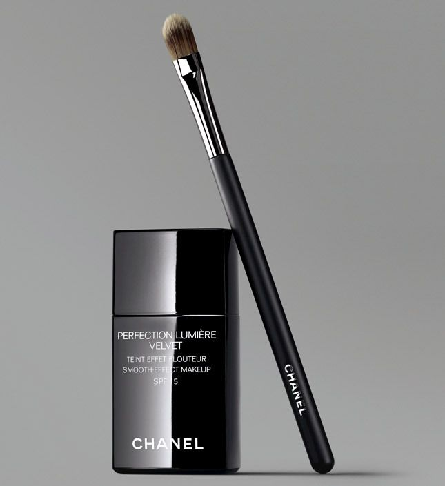 The Velvet Revolution - Perfection Lumière Velvet - A New Foundation by Chanel