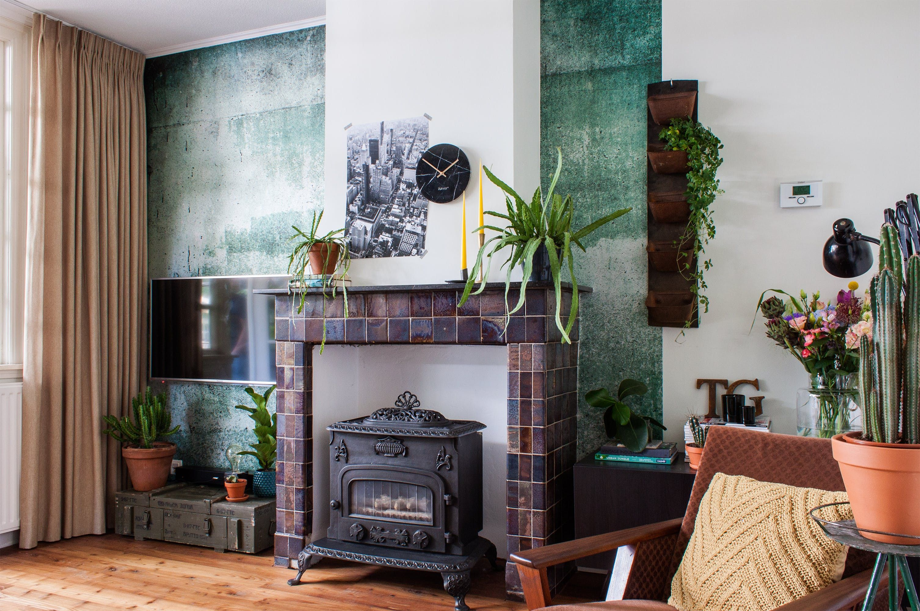 Attractive A 1920s Vintage Industrial Dutch Home. Interior PaintApartment ... Design Ideas