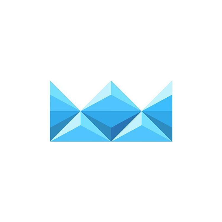 39 отметок «Нравится», 2 комментариев — Dalius Stuoka (@logodalius) в Instagram: «Arctic Crown 👑 #iceberg #ice #north #arctic #cold #water #blue»