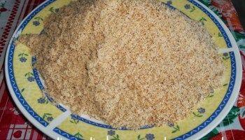 Farinha, creme e leite de coco