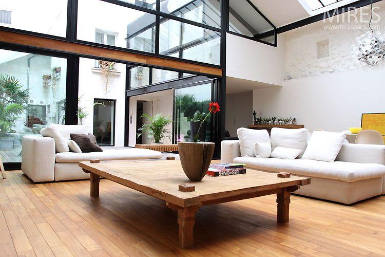 Loft avec une fa ade vitr e verri re pinterest lofts for Loft contemporain