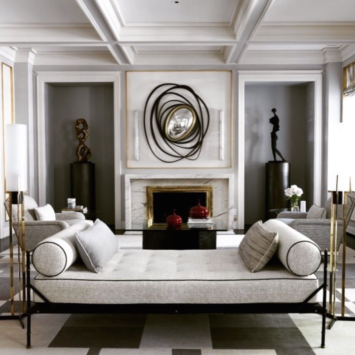 Best Living Room Sculpture Niches And Mantel With Images 640 x 480