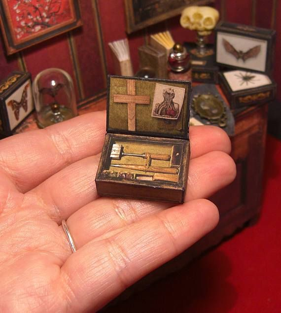 Papercraft haunted dollhouse furniture, housewares and decor / Boing Boing