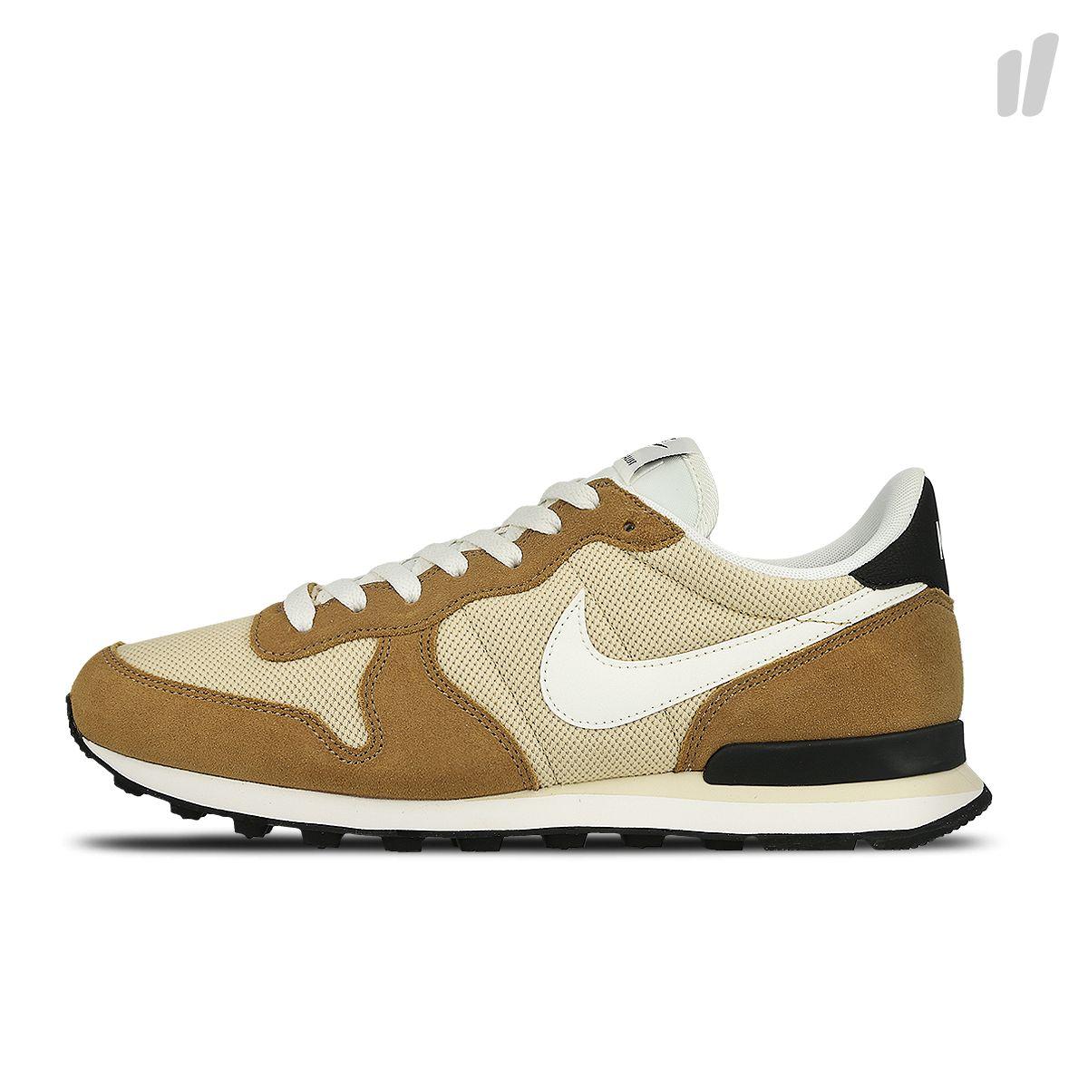 Nike Internationalist ( 828041 701 ) #lpu #sneaker #dailydrops #hypesrus