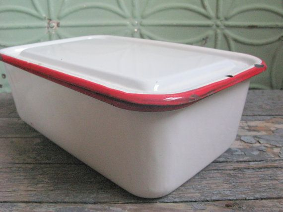 Enamelware refrigerator containers